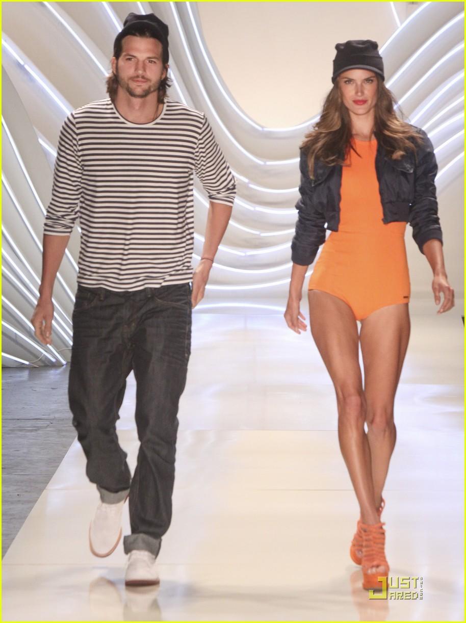 ashton kutcher alessendra ambrosio colcci fashion show 07