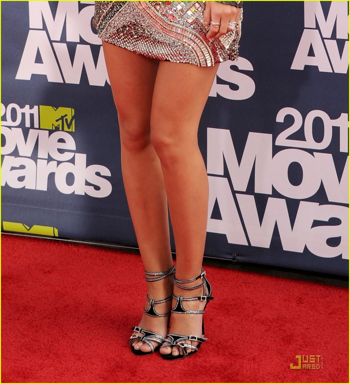 leighton meester mtv movie awards 2011 03