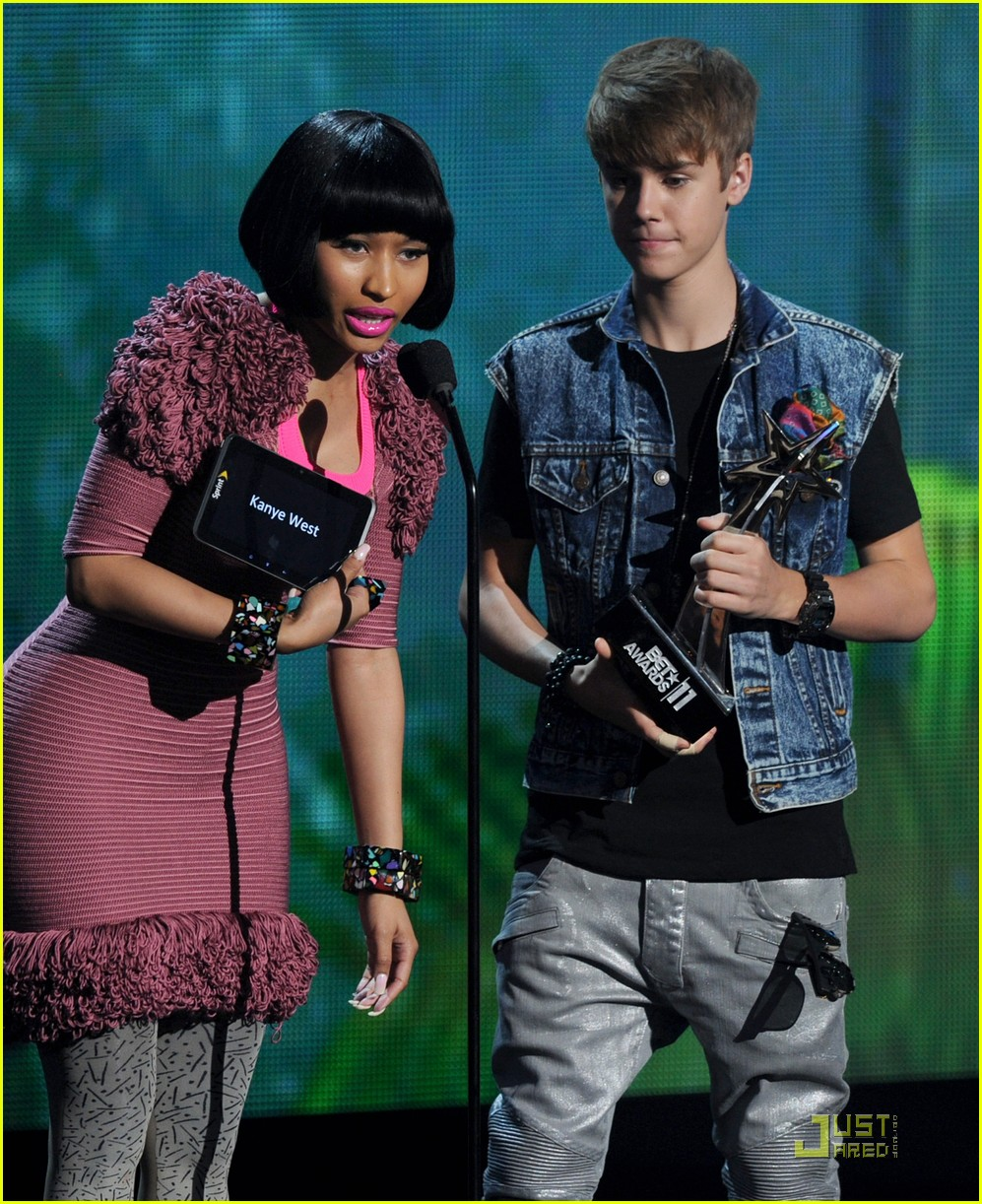 nicki minaj bet awards 2011 032555685