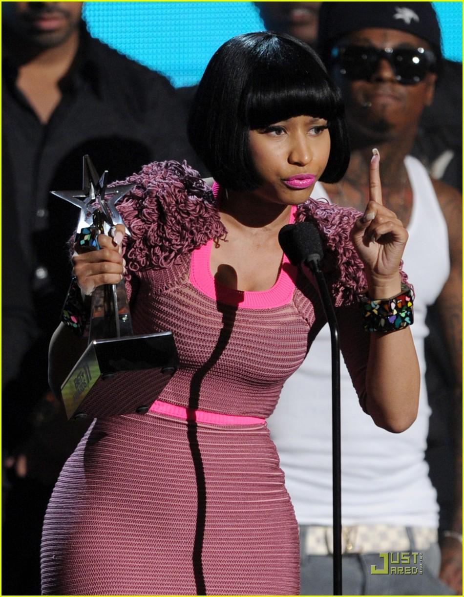 Nicki Minaj Bet Awards 2011 05