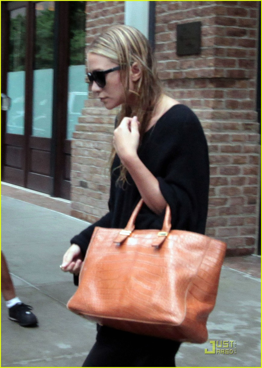 ashley olsen stylemint collection debuts july 1 03