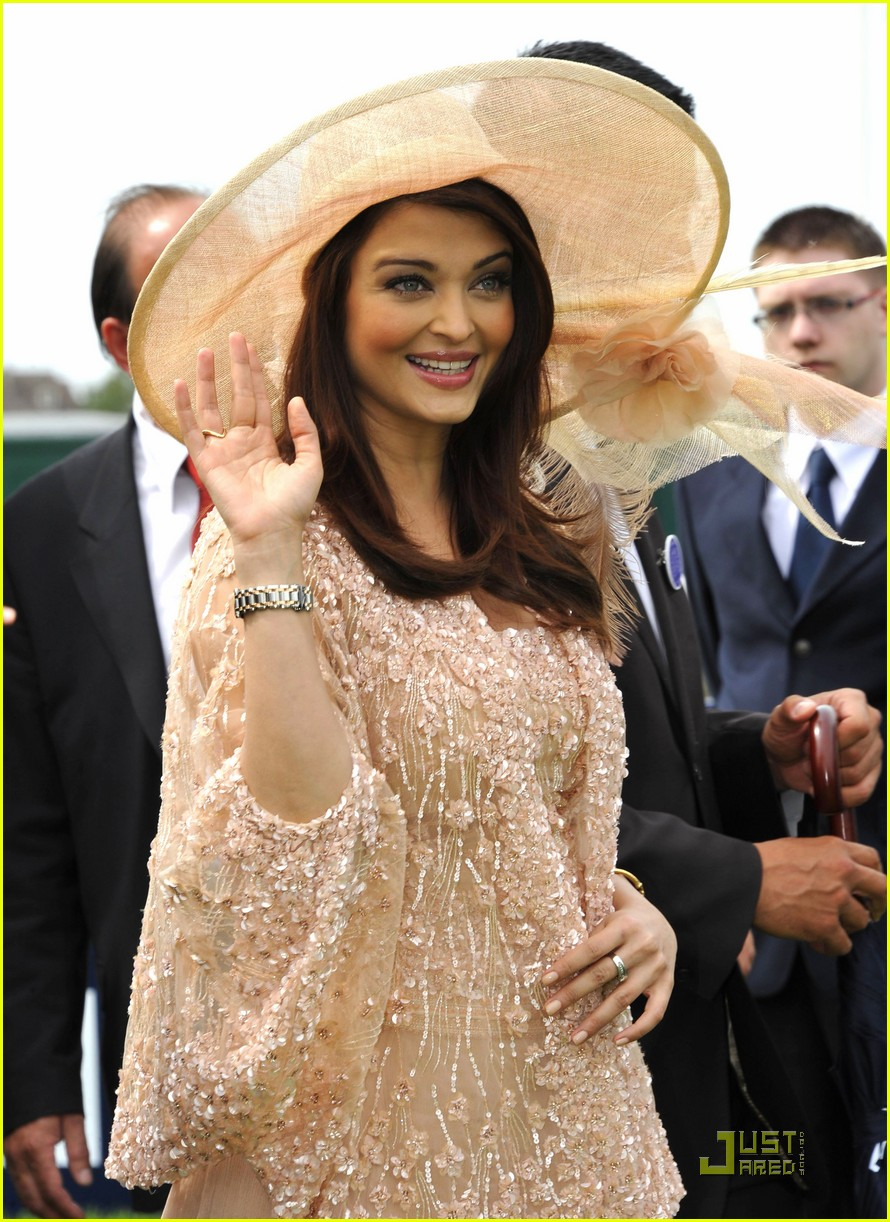 Aishwarya rai latest photos after pregnancy