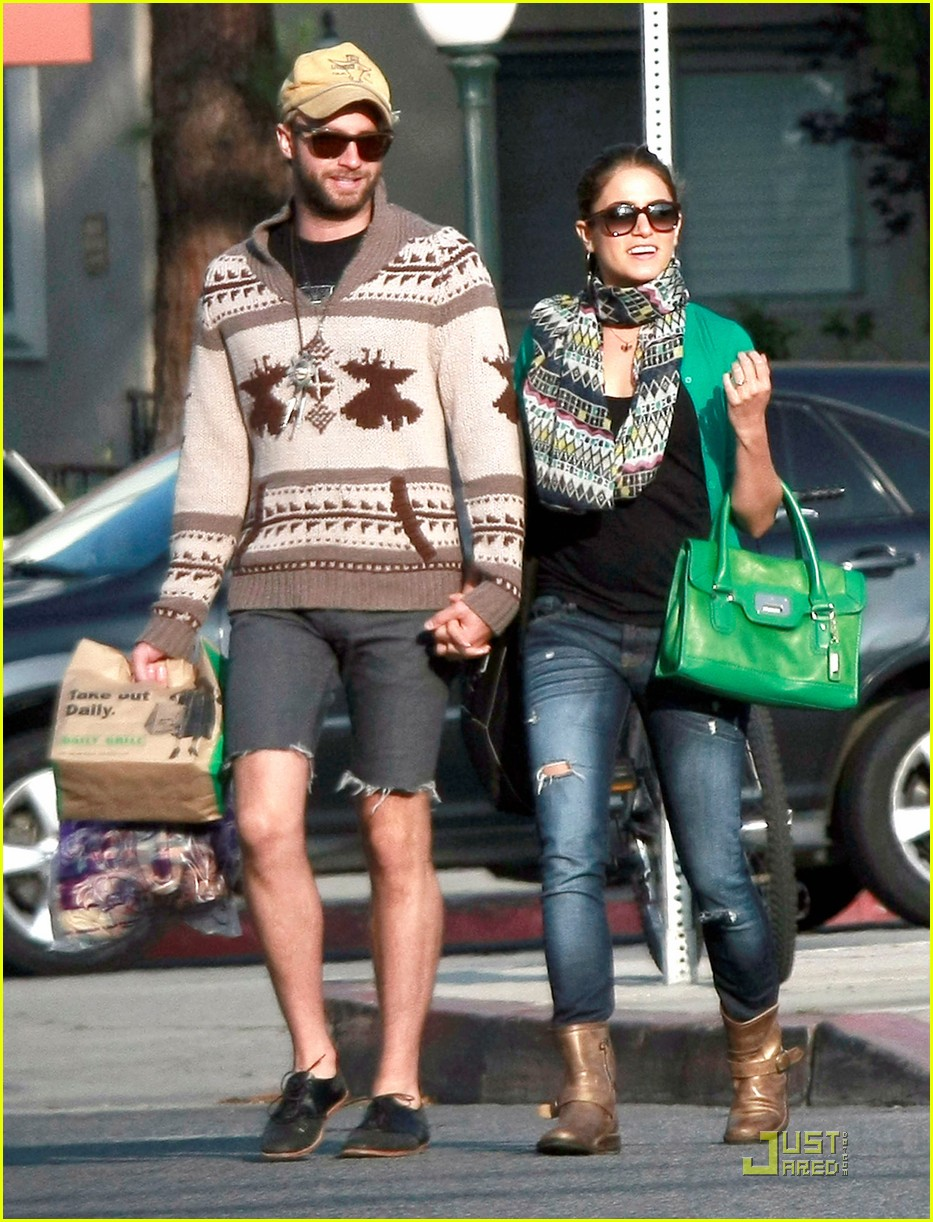 nikki reed paul mcdonald holding hands in hollywood 10