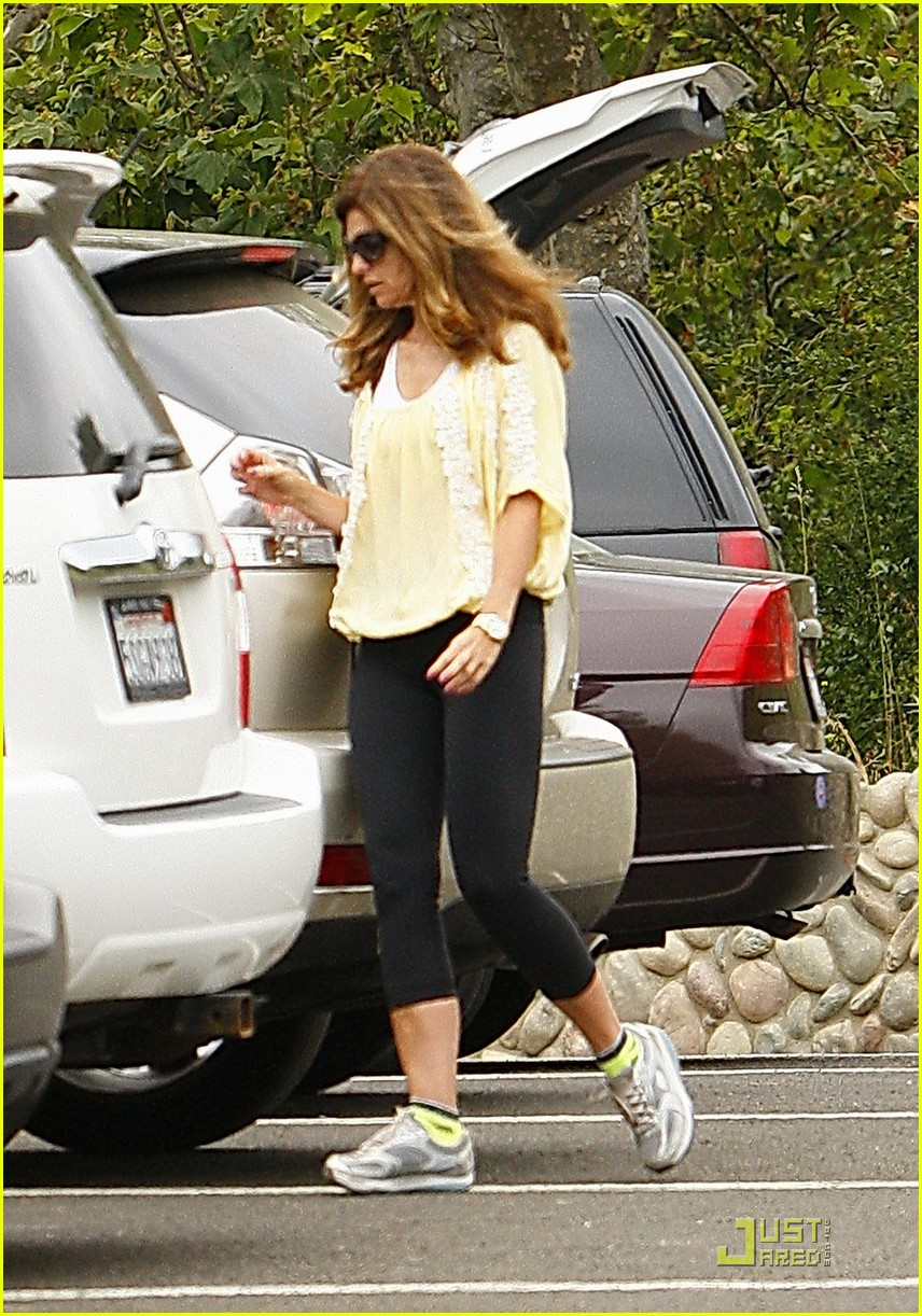 maria shriver hikes arnold patrick schwarzenegger lunch 13