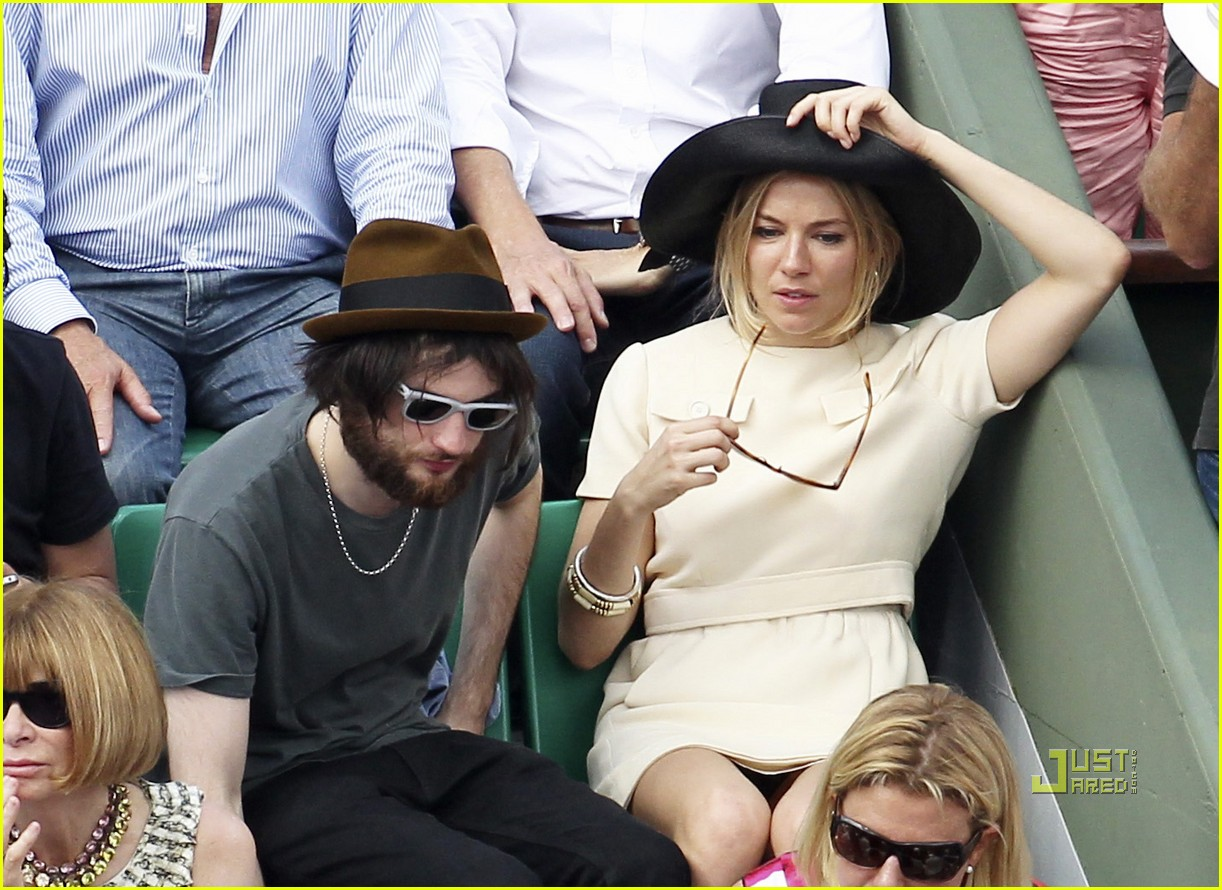 sienna miller tom sturridge french open 09