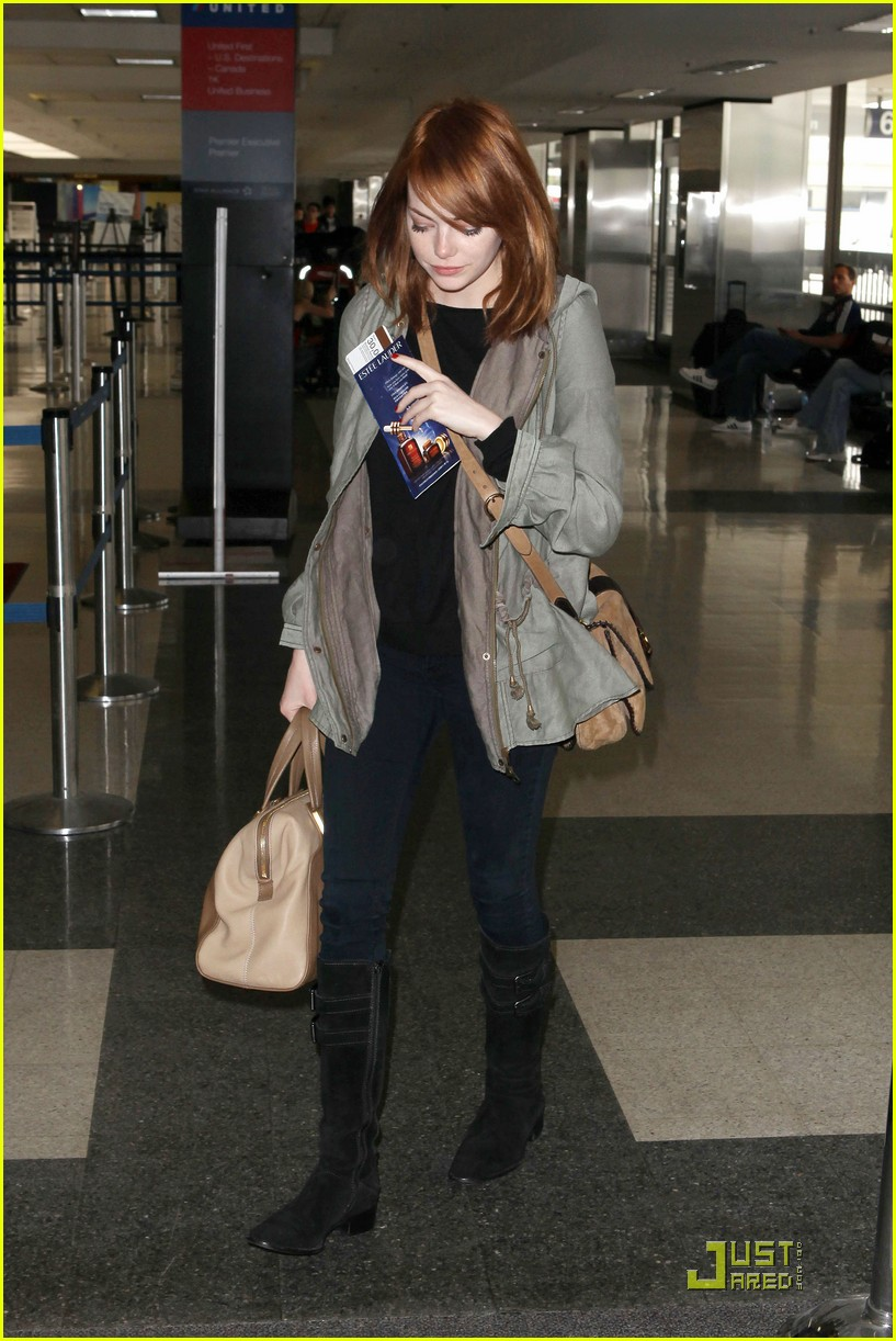 emma stone leaves los angeles 02