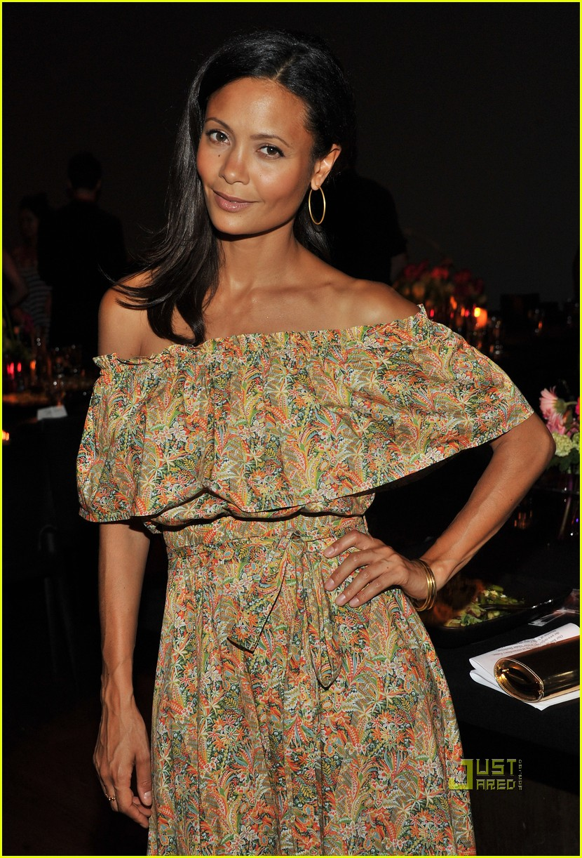 kerry washington thandie newton vday 062550980