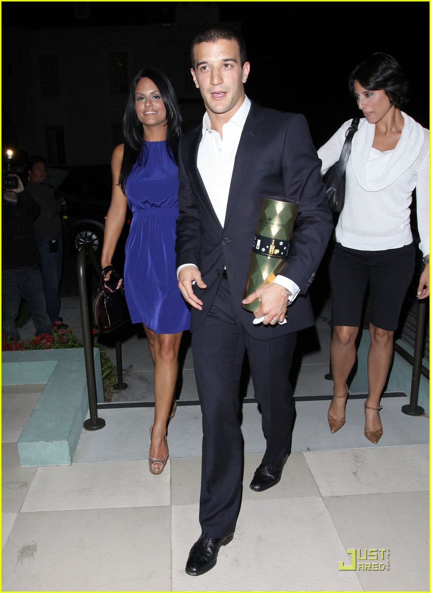 pia toscano mark ballas dinner date with kim kardashian 08