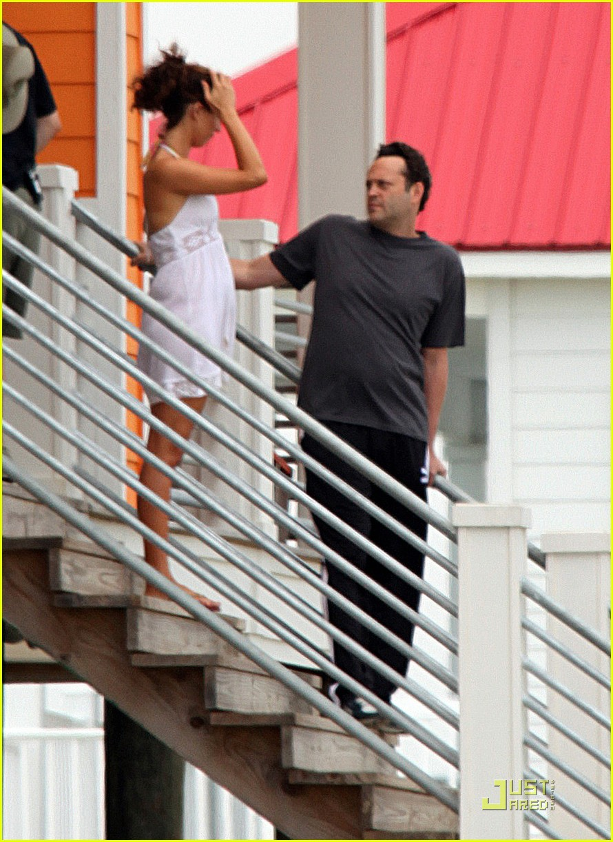 vince vaughn lay the favorite 01