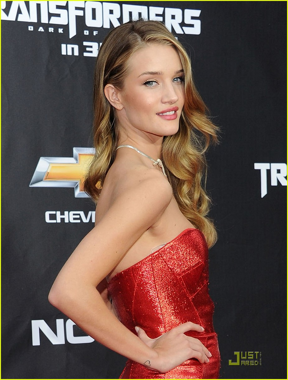 rosie huntington whiteley tranformers nyc premiere 02