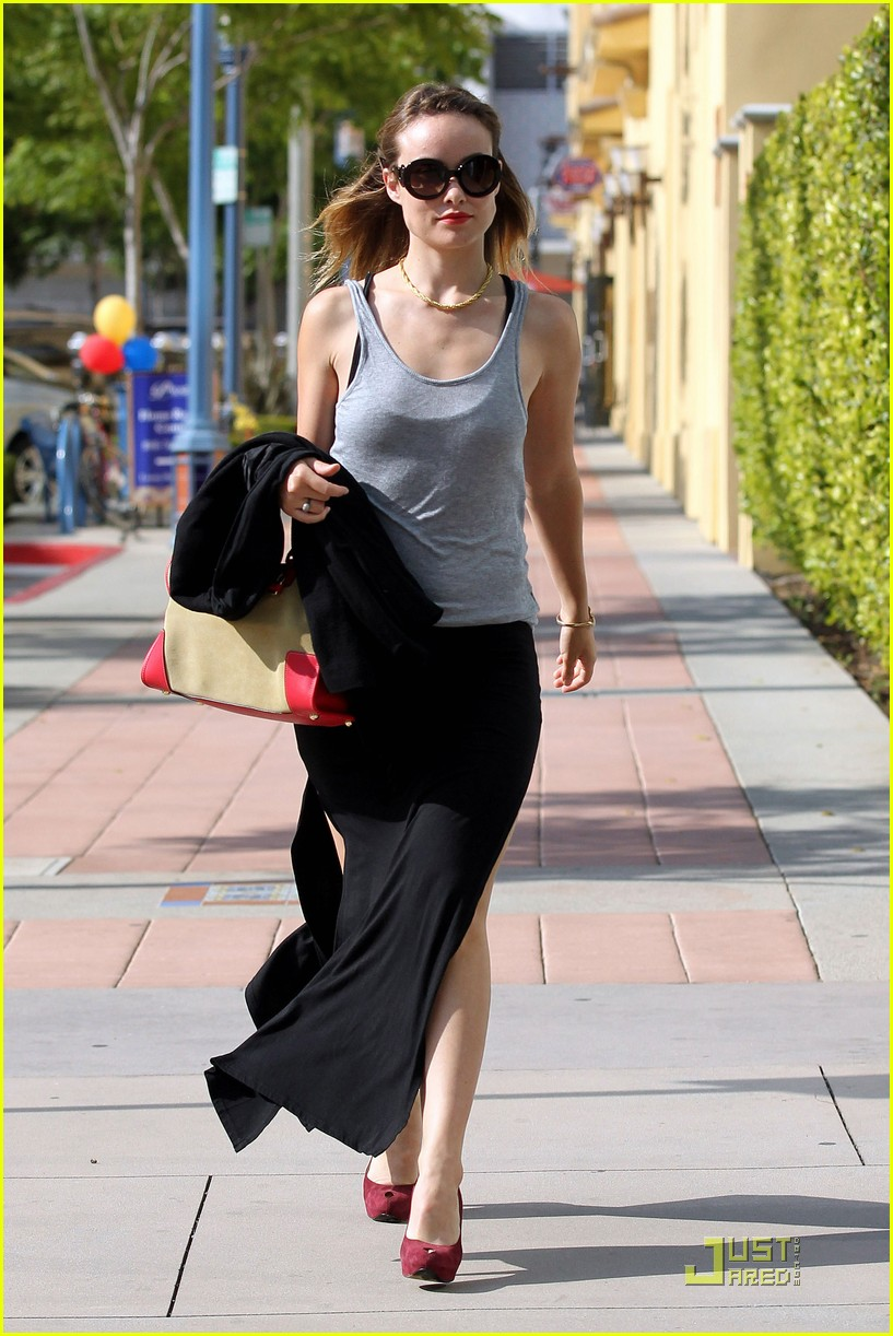 olivia wilde strutting stuff 11