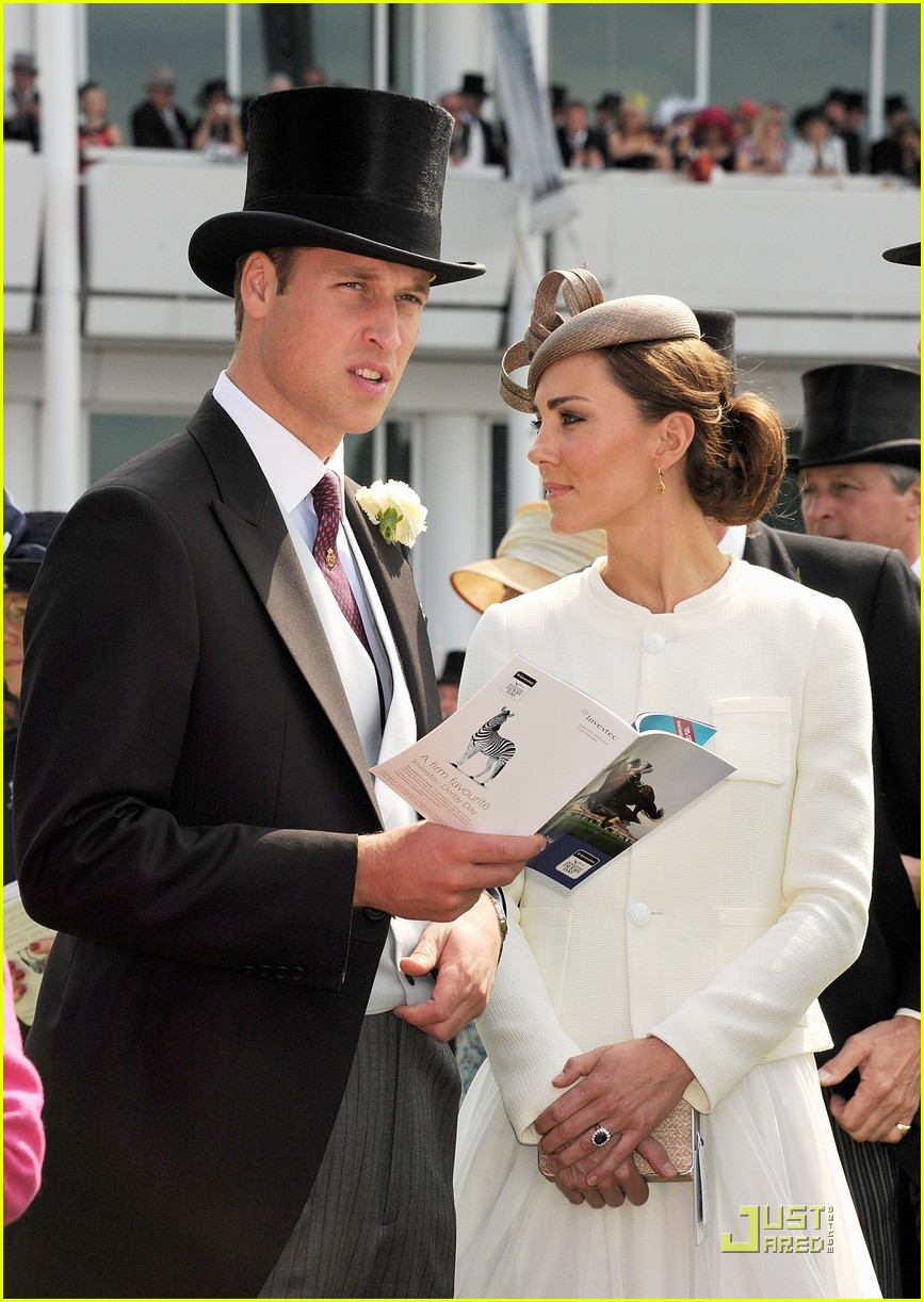 prince william kate middleton derby 062549391