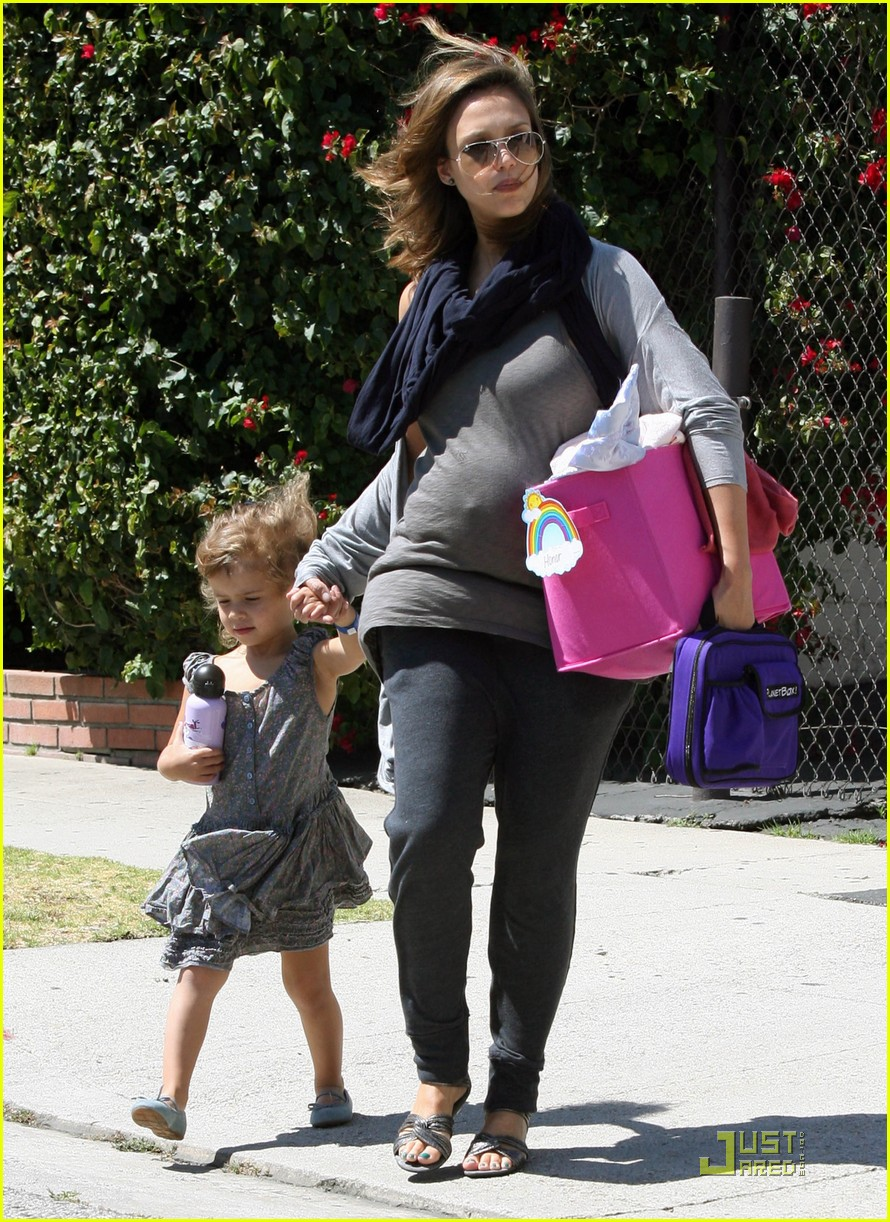jessica alba after school stroll with honor 11