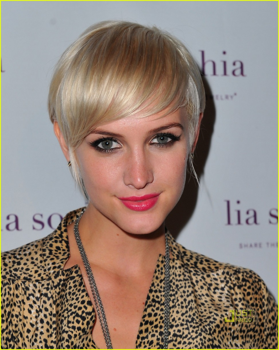 ashlee simpson lia sophia launch 04