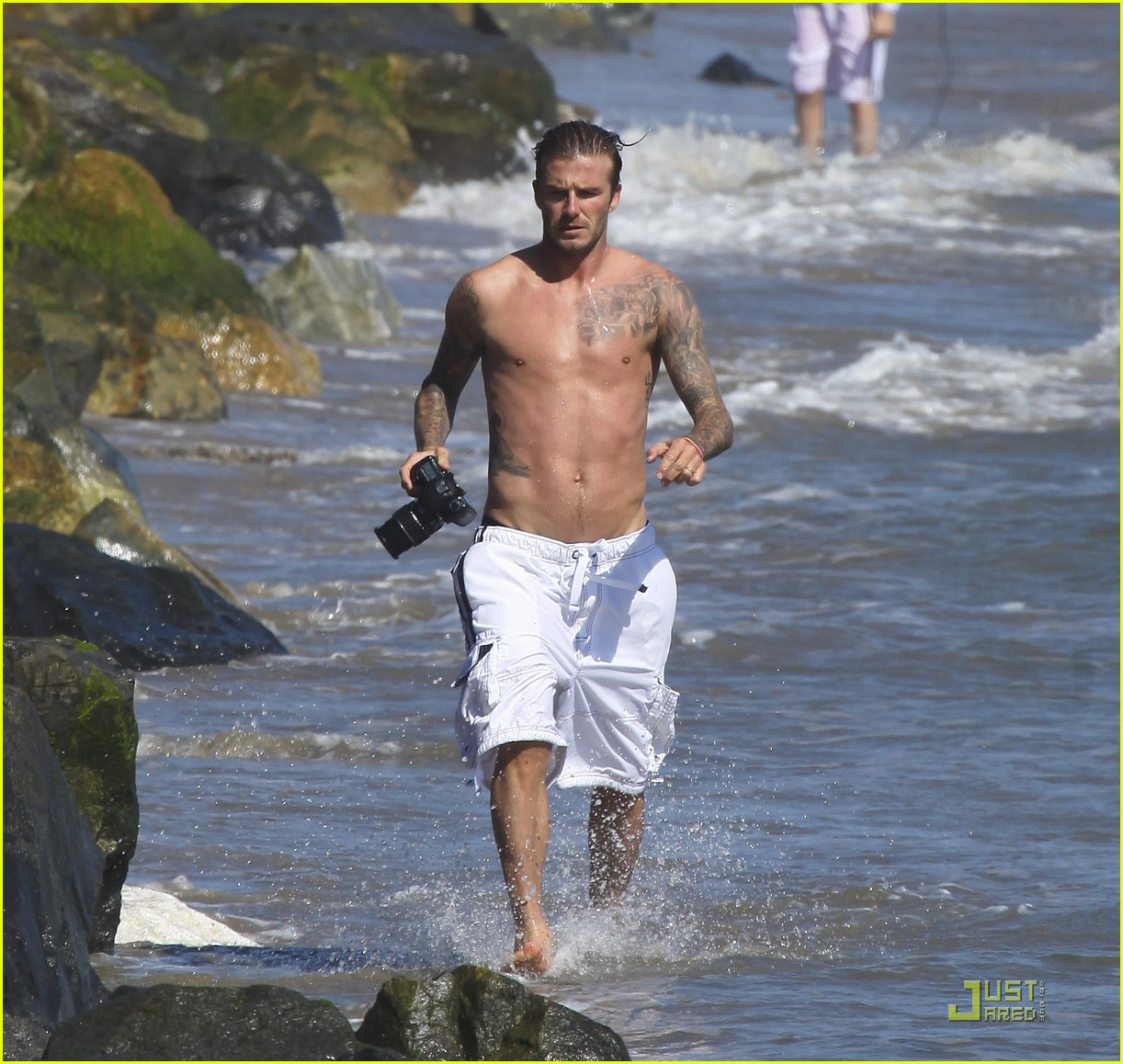 david beckham shirtless surfing  04
