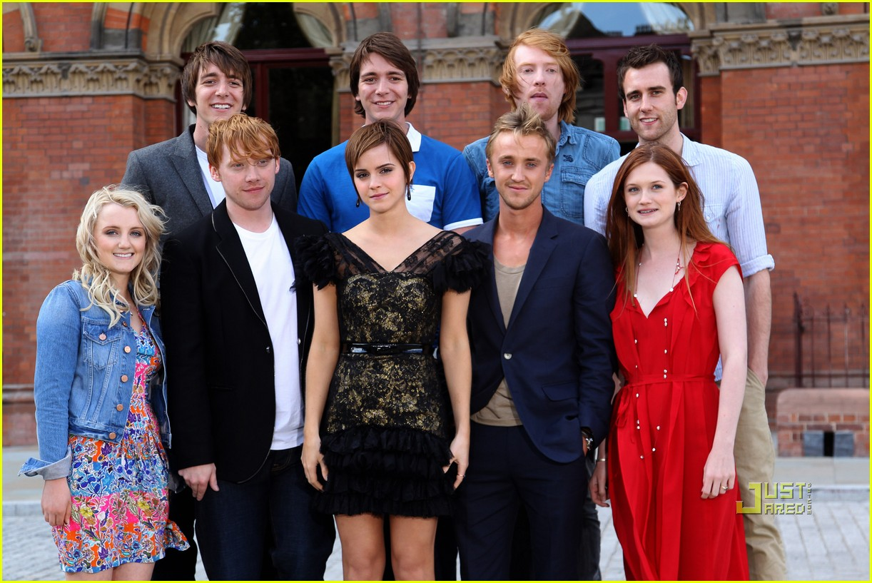 Full Sized Photo of emma watson harry potter photo call
