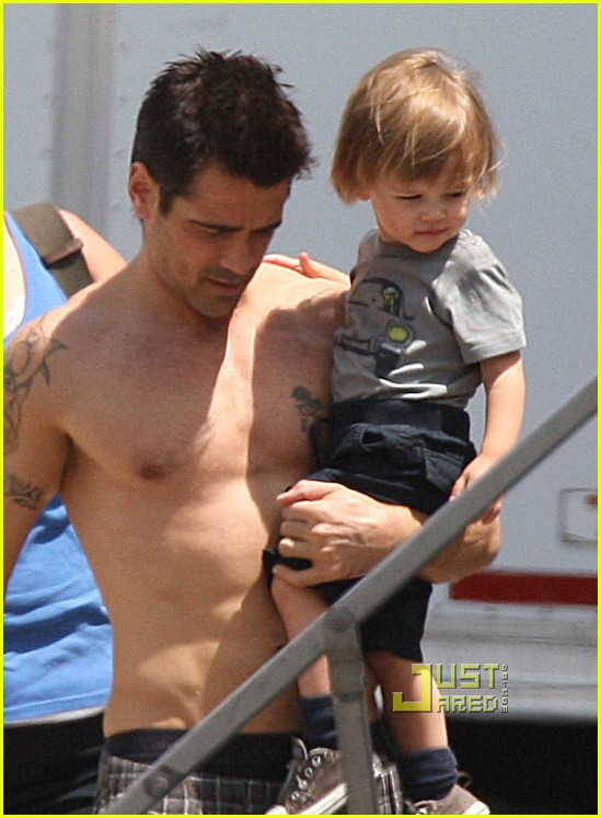 colin farrell shirtless son total recall 02