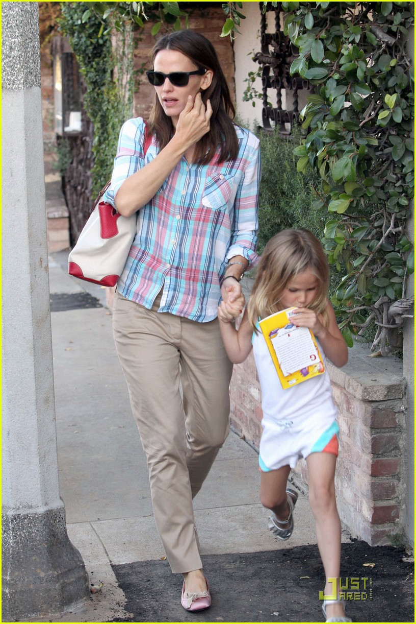 ben affleck jennifer garner sunday brunch with the girls 032559644