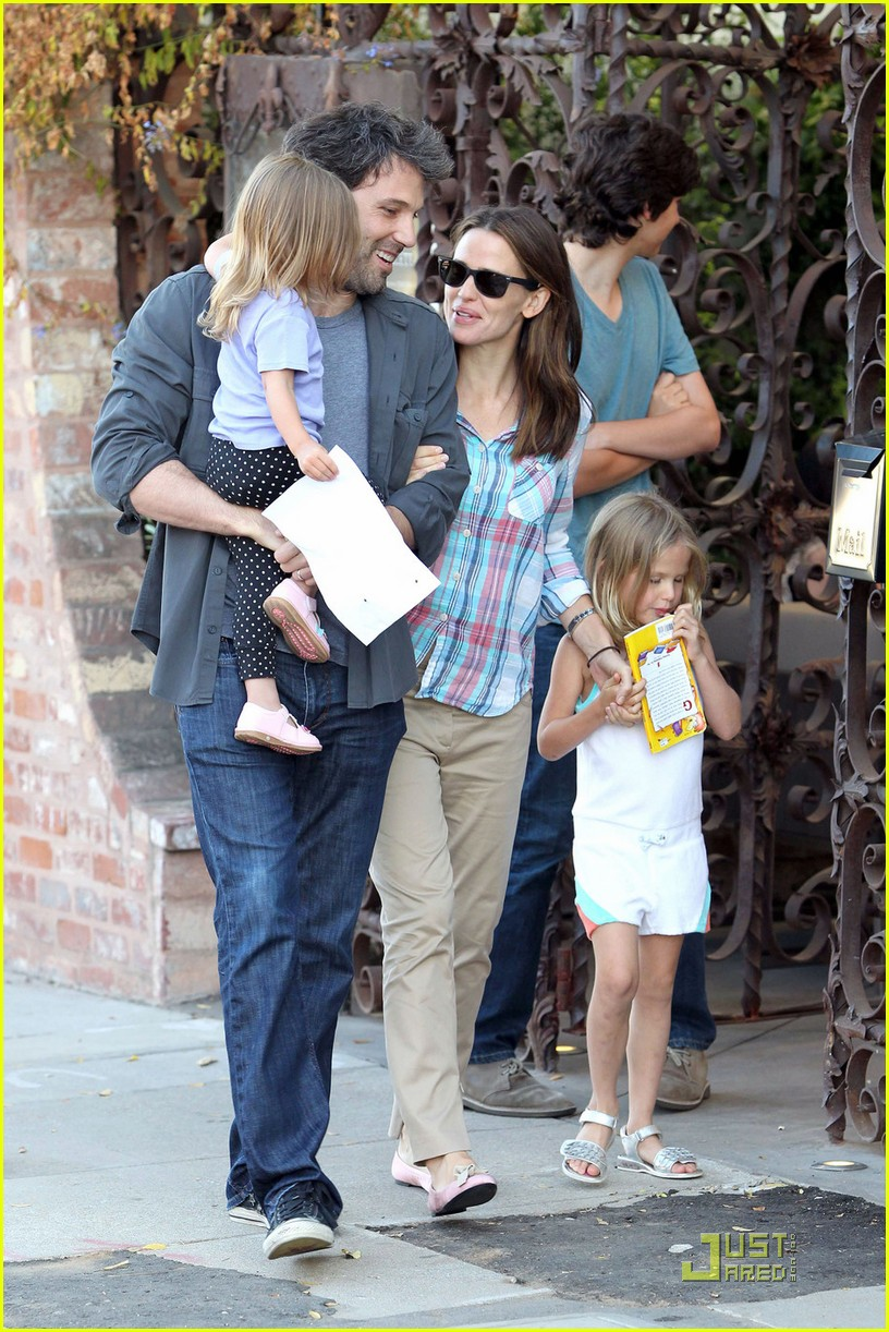 ben affleck jennifer garner sunday brunch with the girls 062559647