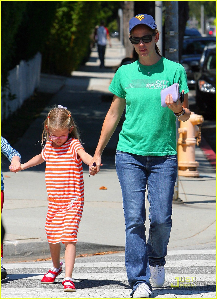 jennifer garner playdate with violet 082556802