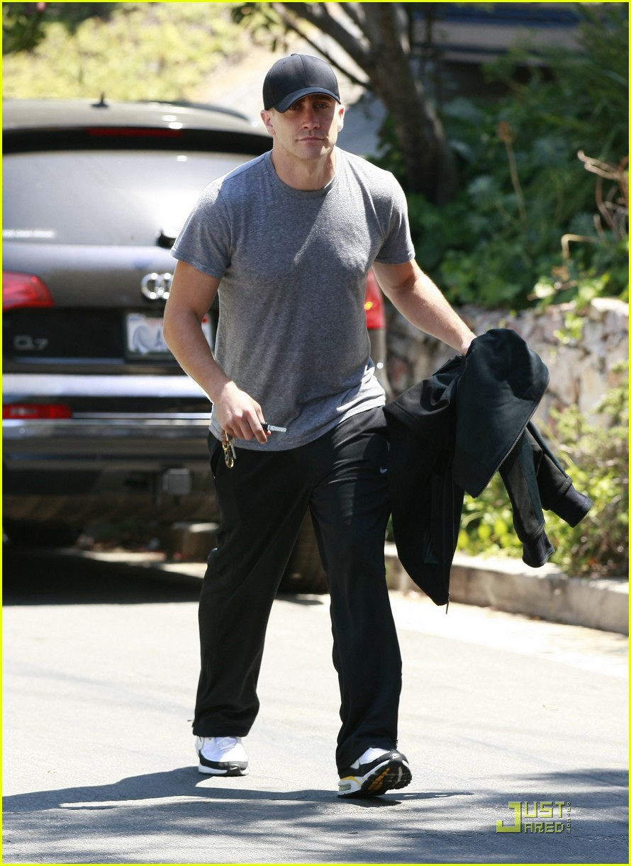 jake gyllenhaal los feliz workout 082564089