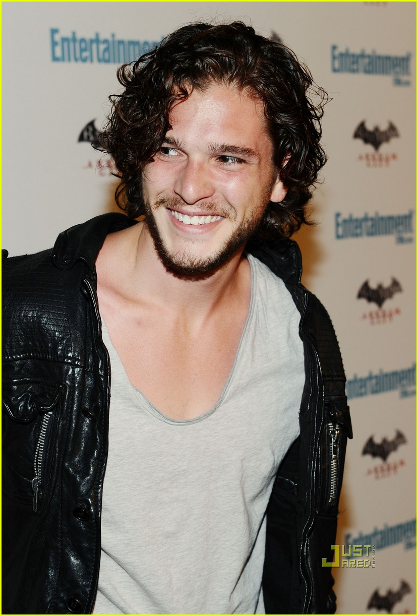 kit harington jason momoa comic con friday 01