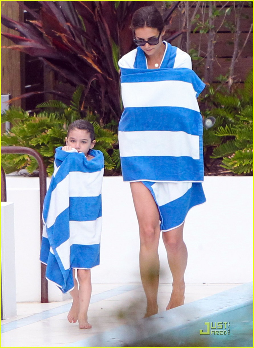 katie holmes suri funny face 28