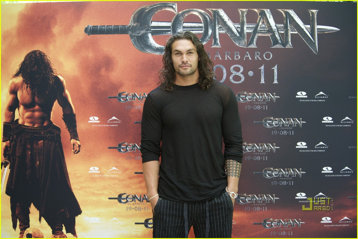 jason momoa conan barbarian madrid photo call 10