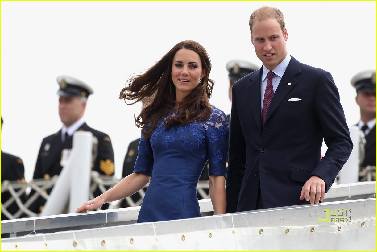 prince william kate hmcs montreal quebec 012557480
