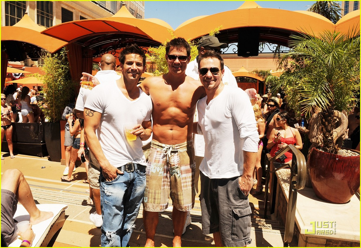 nick lachey shirtless bachelor party with 98 degrees guys 03