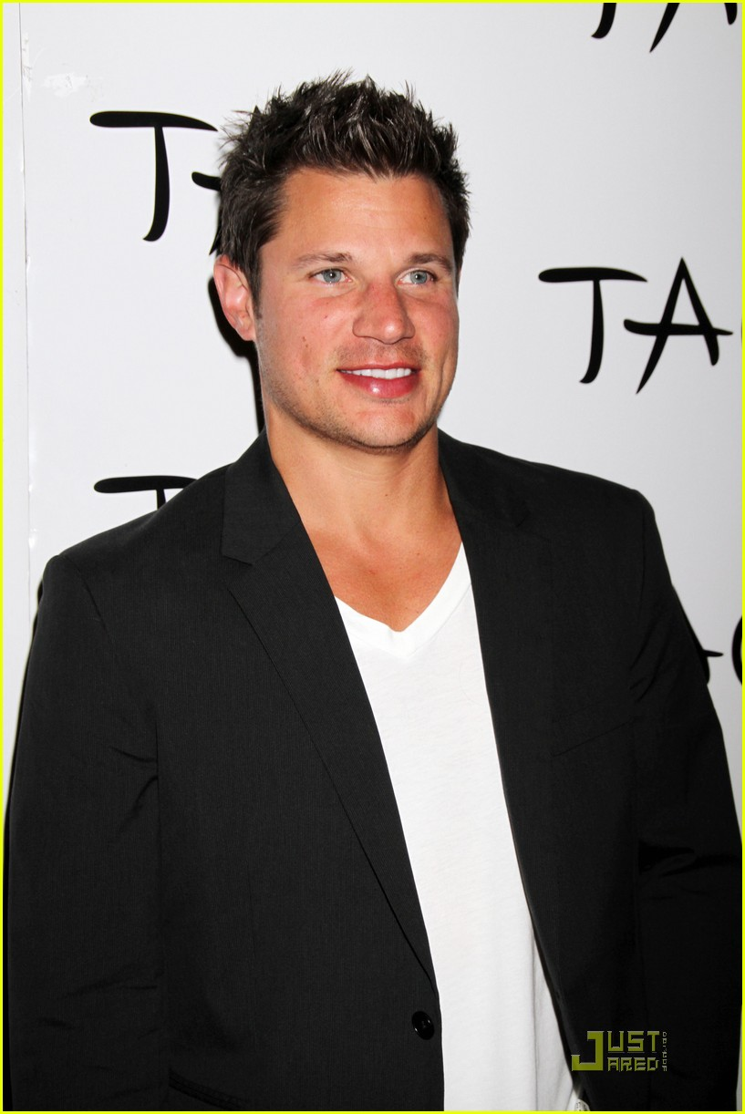 nick lachey shirtless bachelor party with 98 degrees guys 072557416
