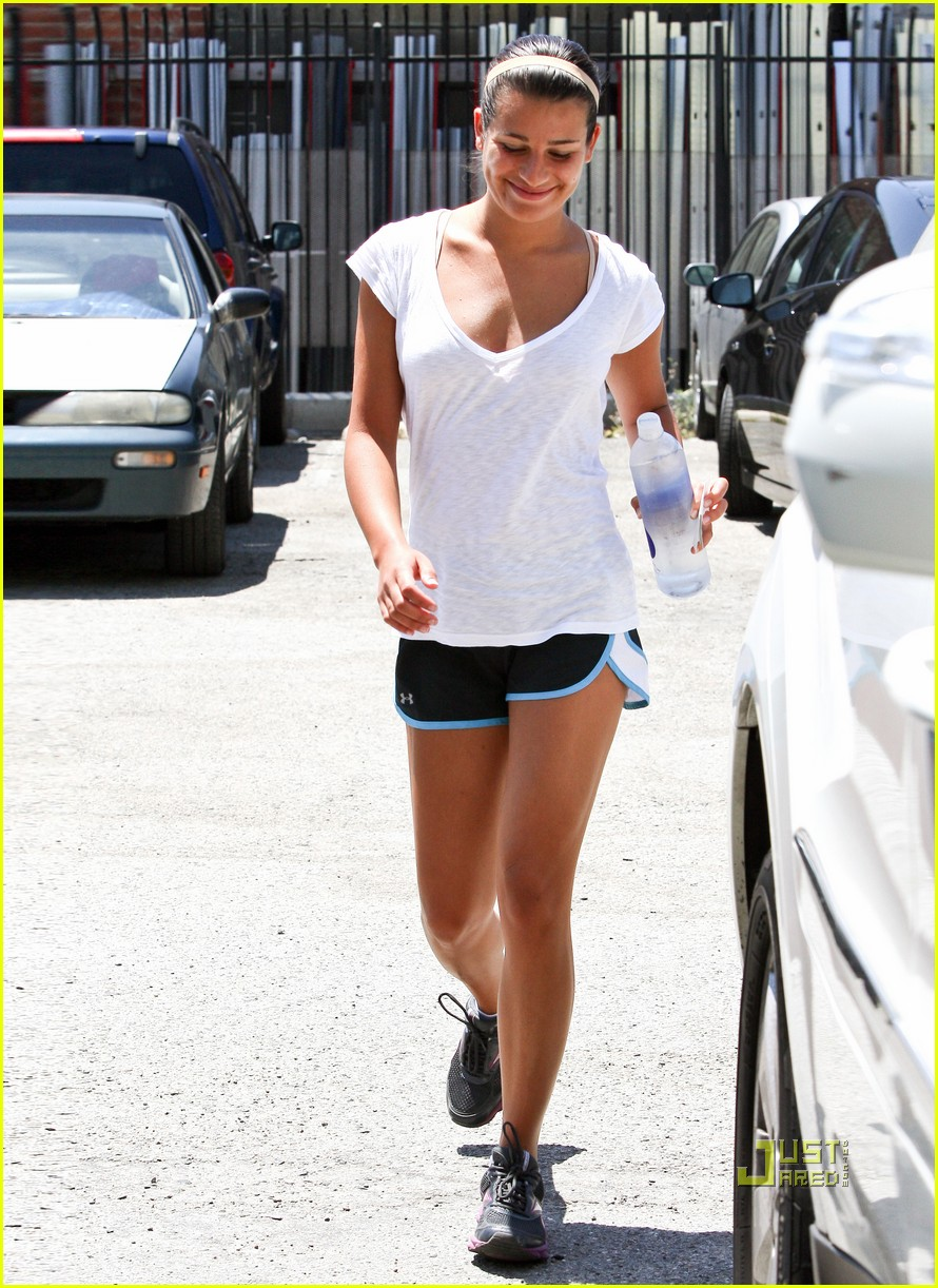 lea michele gym workout 01