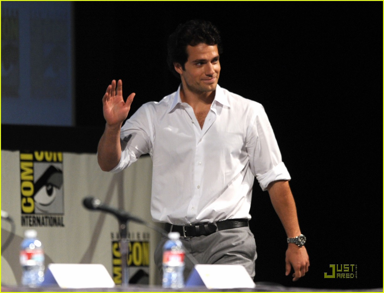 kellan lutz henry cavill immortals at comic con 04