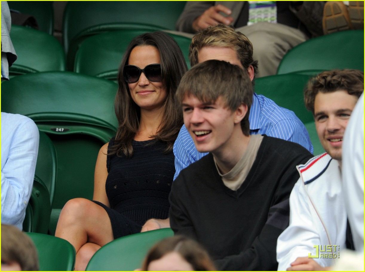 pippa middleton princess beatrice wimbledon 04