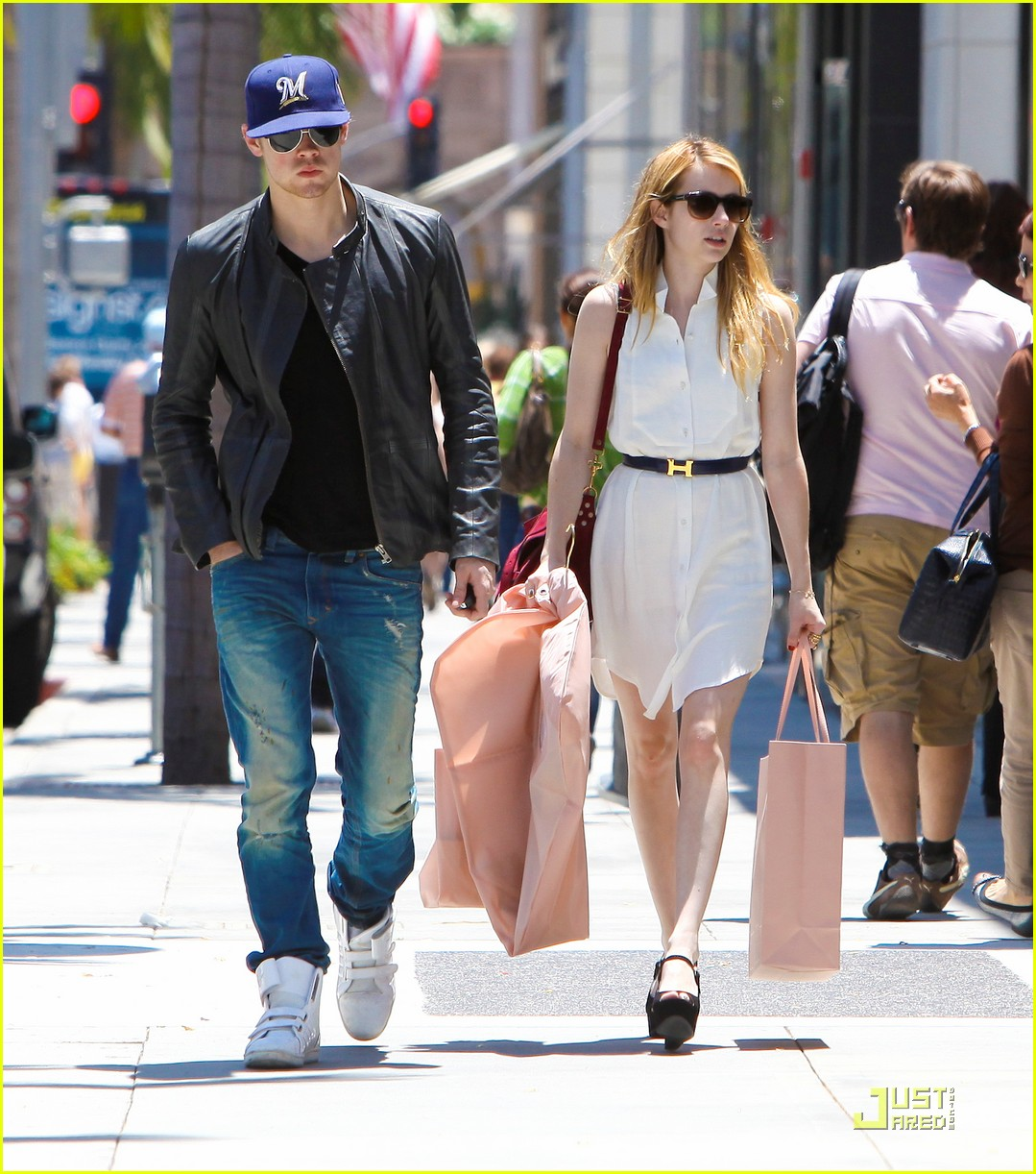 chord overstreet emma roberts beverly hills shoppers 03