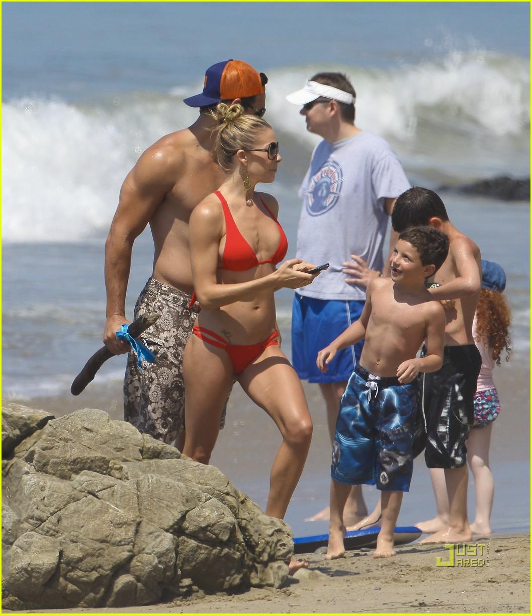 leann rimes bikini eddie cibrian shirtless malibu beach 032557866