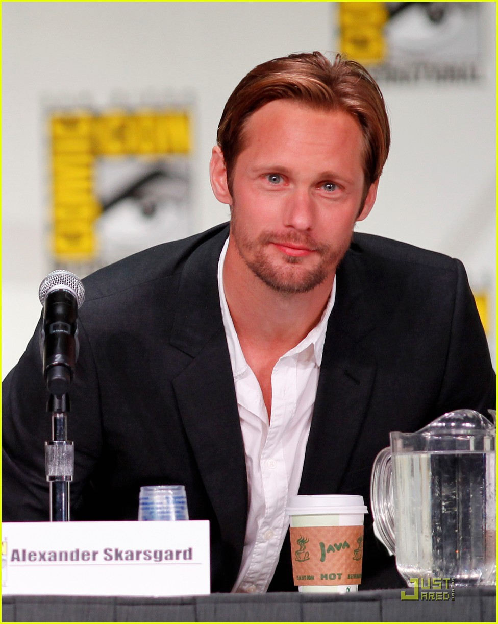 alexander skarsgard true blood panel at comic con 03