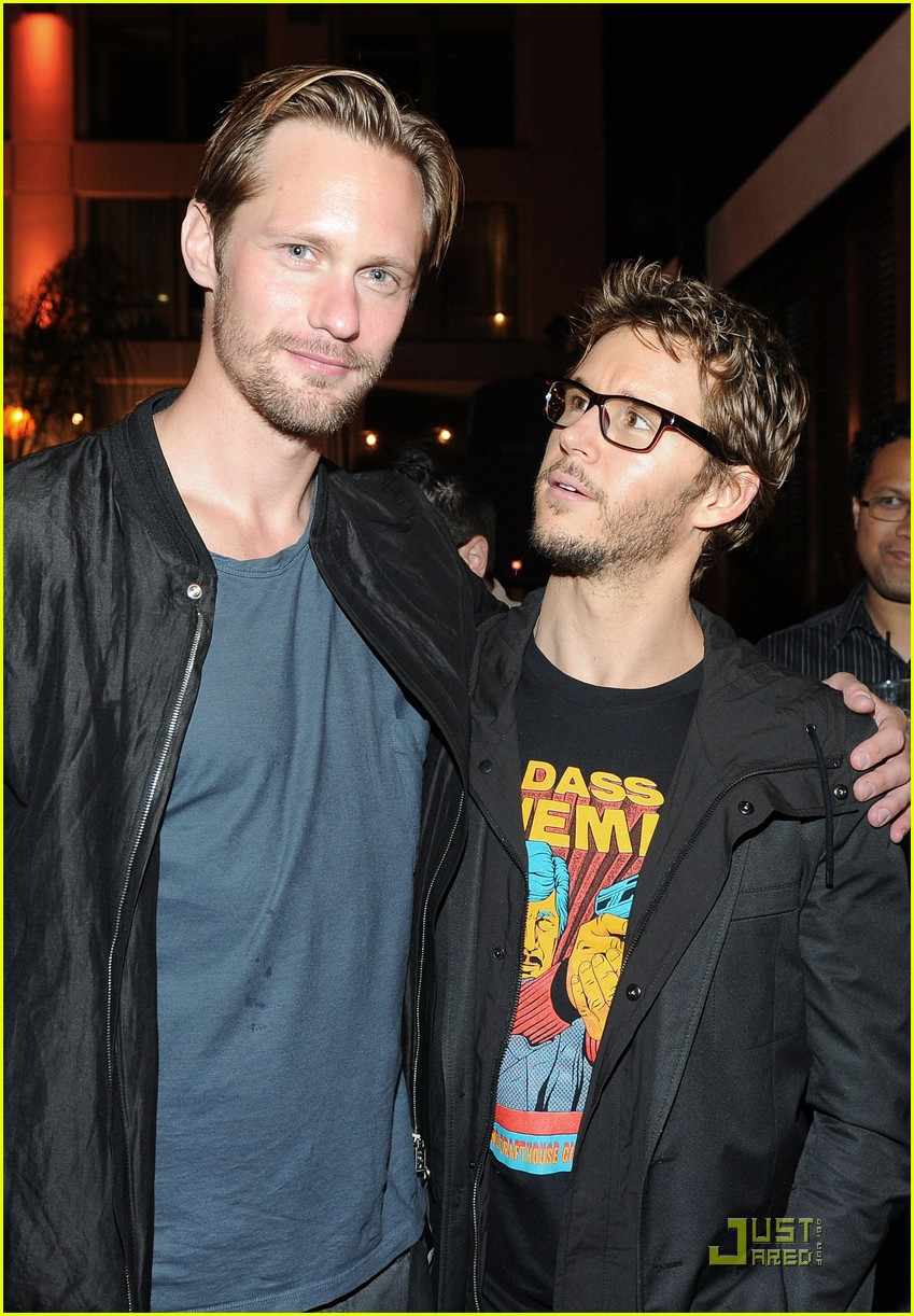 alexander skarsgard summit comic con party with ryan kwanten 082562834