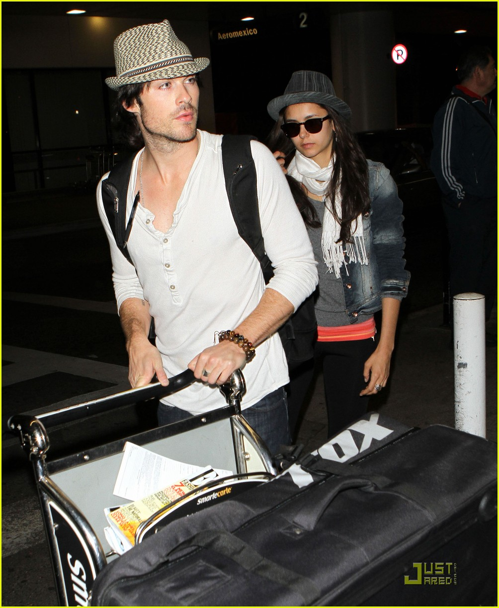 ian somerhalder lax landing with nina dobrev 07