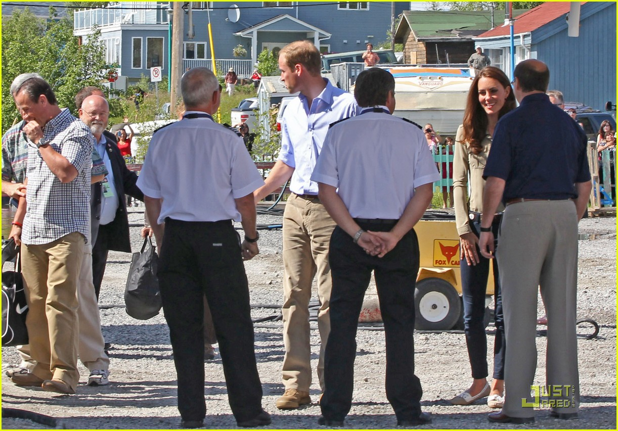 prince william kate middleton seaplane 07
