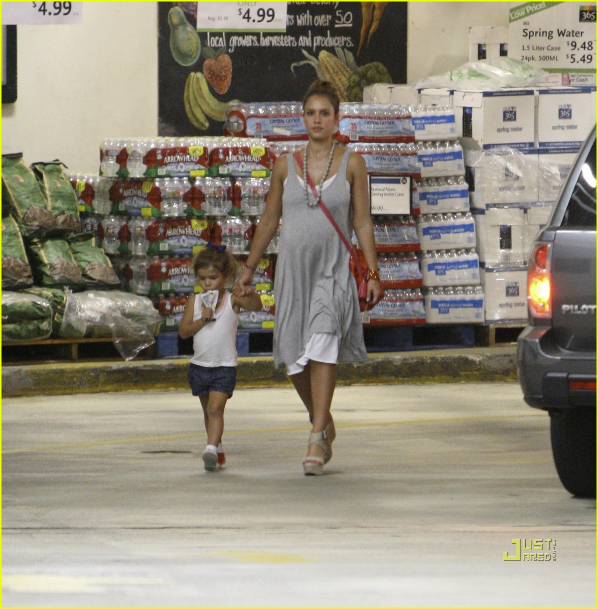 jessica alba honor whole foods 172566242