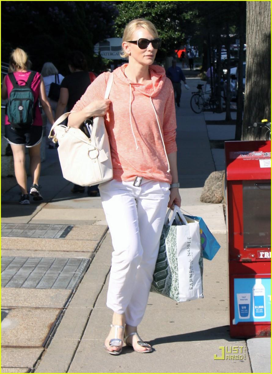 cate blanchett shopping dc 03