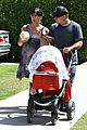 selma blair jason bleick arthur walk 08