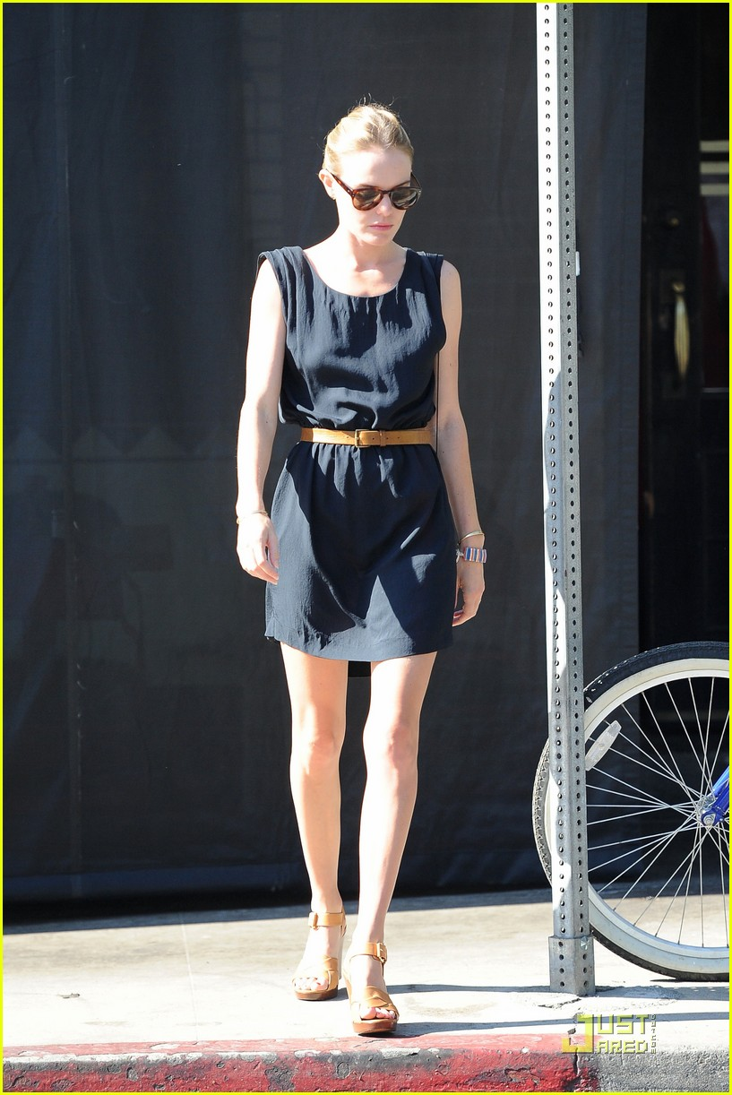 kate bosworth little doms lunch with cher coulter 05