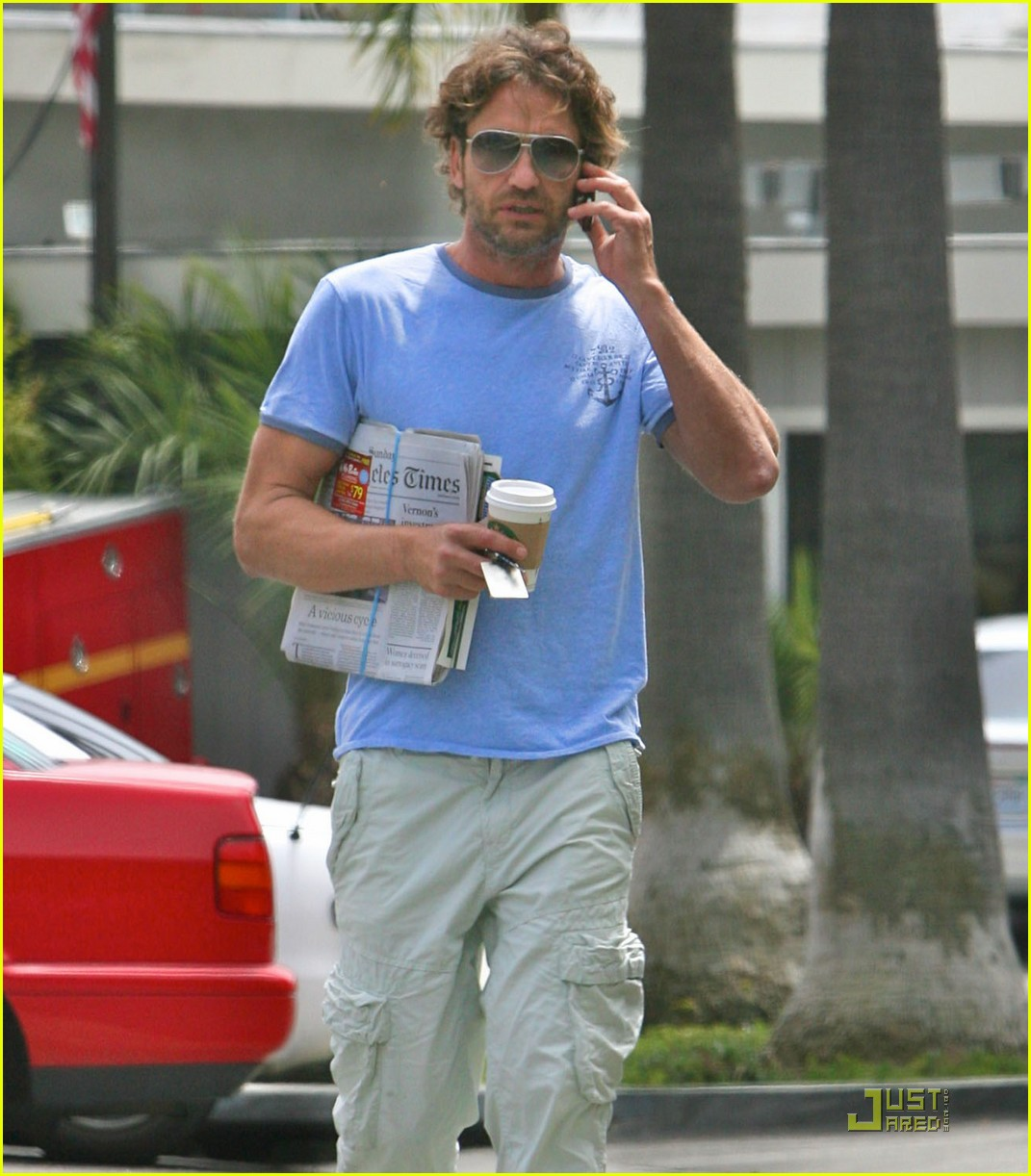 gerard butler surf coffee 12