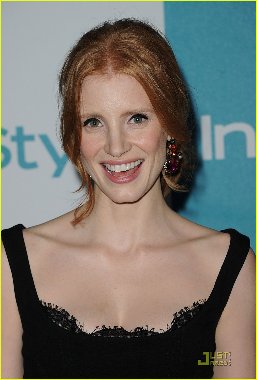 jessica chastain jennifer love hewitt instyle summer soiree 05