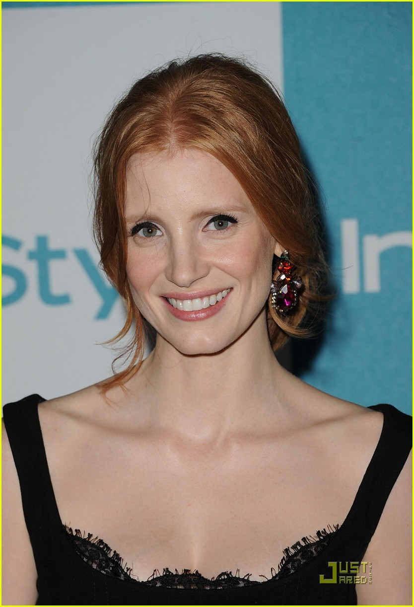 jessica chastain jennifer love hewitt instyle summer soiree 16