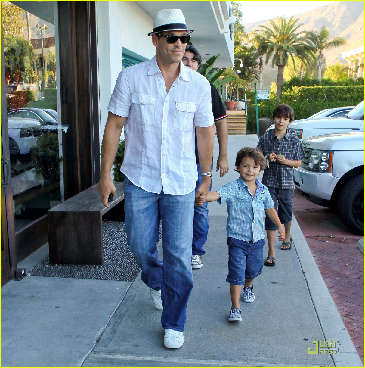 leann rimes eddie cibrian nobu 03