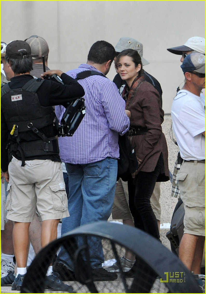 marion cotillard tom hardy dark knight rises set 01