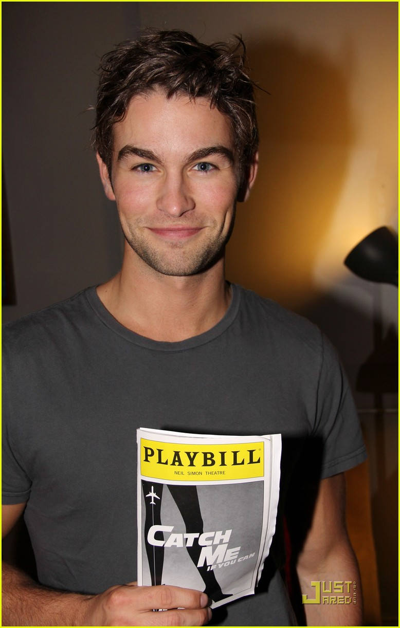 chace crawford aaron tveit catch us if you can 03